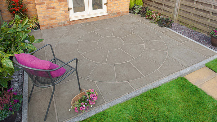 Circular patio paving Southbourne Dorset